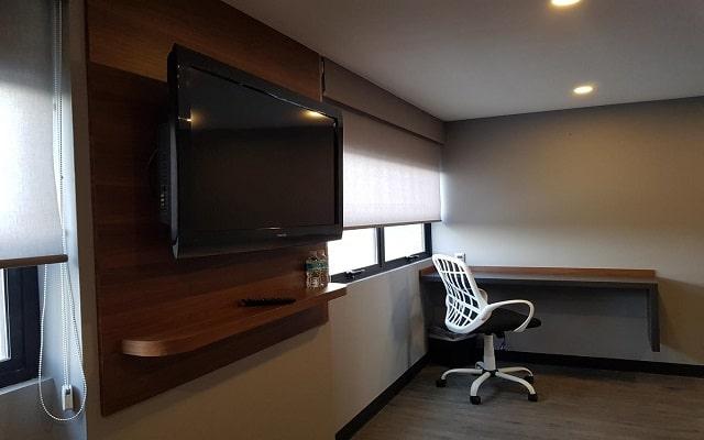 Hotel MX aeropuerto, habitaciones bien equipadas