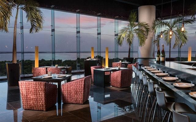 Hotel Now Emerald Cancún, servicio de calidad