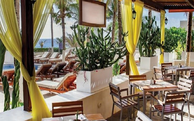 Hotel Now Emerald Cancún, gastronomía de calidad