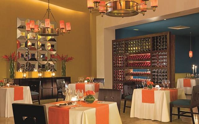Hotel Now Jade Riviera Cancún, ambientes de confort para tus alimentos