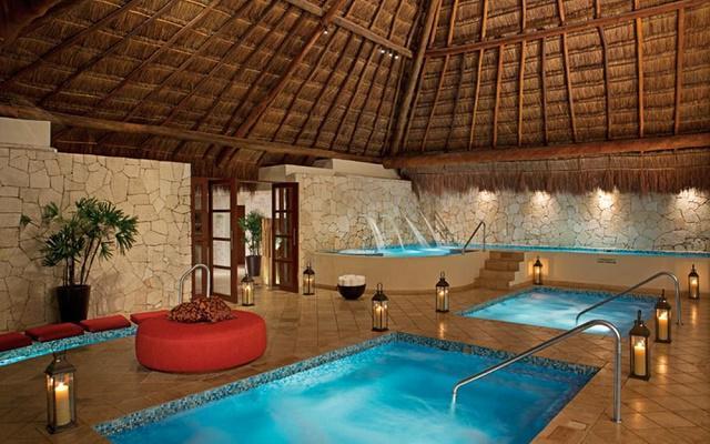 Hotel Now Sapphire Riviera Cancún, permite que te consientan en el spa