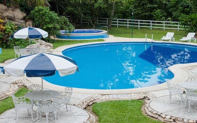 Hotel Nututun Palenque, disfruta de su alberca al aire libre