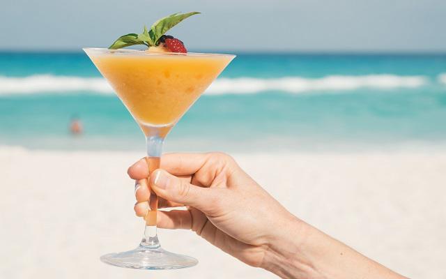 Hotel NYX Cancún, prueba la variedad de su coctelería