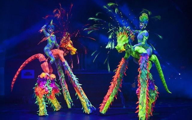 Hotel Oasis Cancún Lite, disfruta de sus espectáculos nocturnos