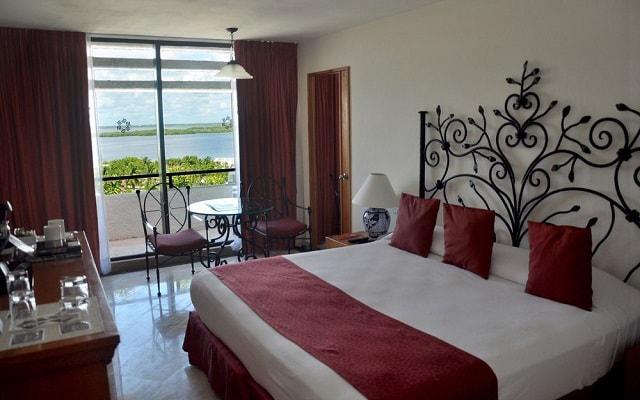 Hotel Oasis Cancún Lite, habitaciones con amenidades de calidad