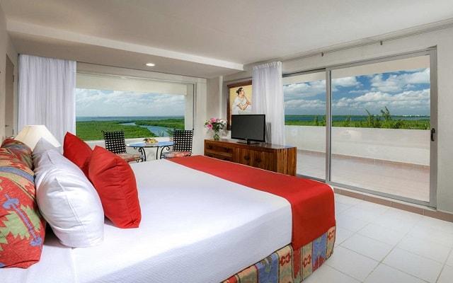 Hotel Oasis Palm, habitaciones bien equipadas