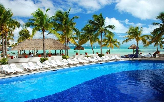 Hotel Oasis Palm, atención personalizada desde el inicio de tu estancia