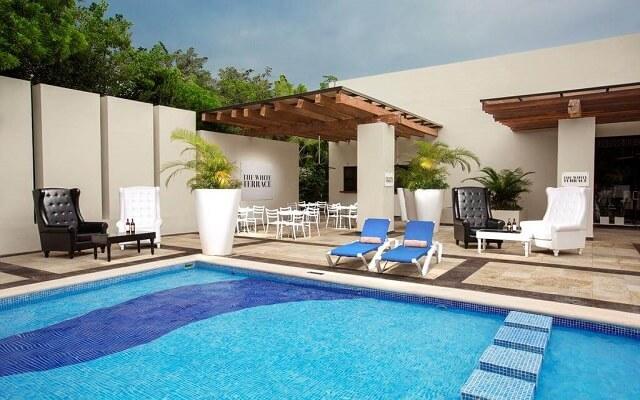 Hotel Oasis Tulum Lite, sitio ideal para asolearte