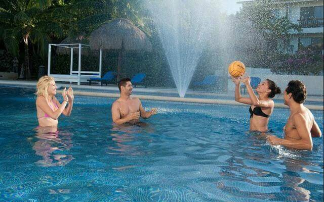 Hotel Oasis Tulum Lite, comparte buenos momentos con amigos