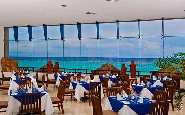 Hotel Oasis Tulum Lite, tus alimentos con vistas hermosas
