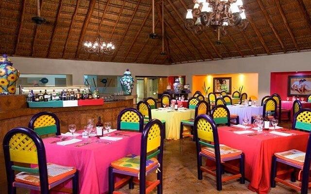 Hotel Oasis Tulum Lite, Restaurante Sarape