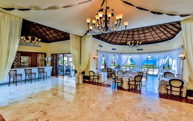 Hotel Occidental at Xcaret Destination, Restaurante Royal Level