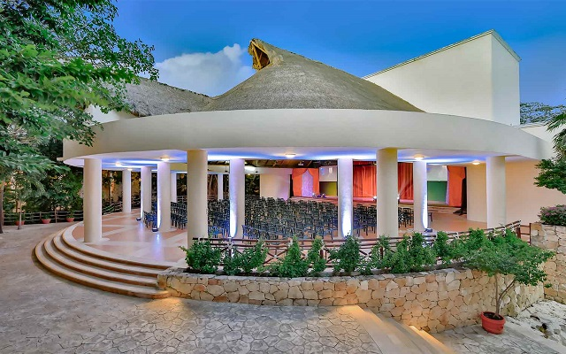 Hotel Occidental at Xcaret Destination, teatro