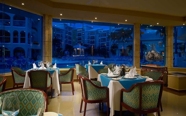 Hotel Occidental Costa Cancún, sitio ideal para tus alimentos