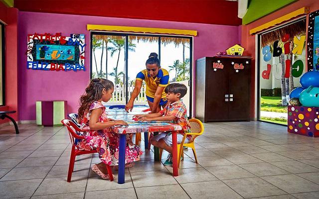 Hotel Occidental Nuevo Vallarta, club de niños