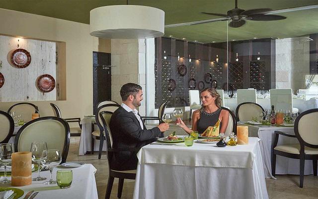 Hotel Occidental Nuevo Vallarta, Restaurante Los Olivos