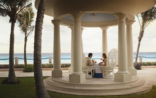 Hotel Occidental Tucancún, amenidades para lunamieleros