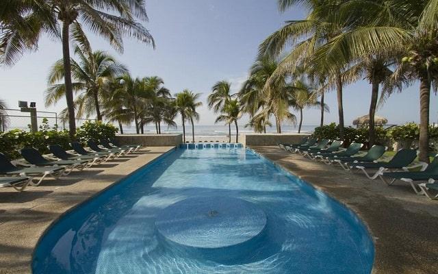 Hotel Ocean Breeze Acapulco, club de playa