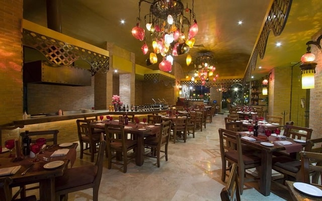 Hotel Ocean Breeze Acapulco, escenario ideal para tus alimentos