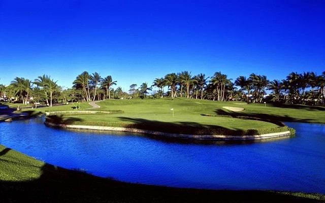 Hotel Ocean Breeze Acapulco, campo de golf