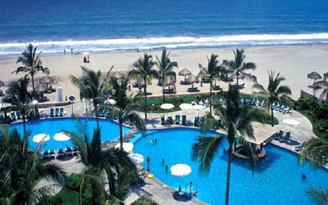 Hotel Ocean Breeze Nuevo Vallarta, disfruta de su alberca al aire libre