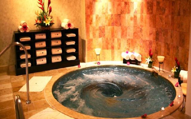 Hotel Ocean Breeze Nuevo Vallarta, relájate en el jacuzzi