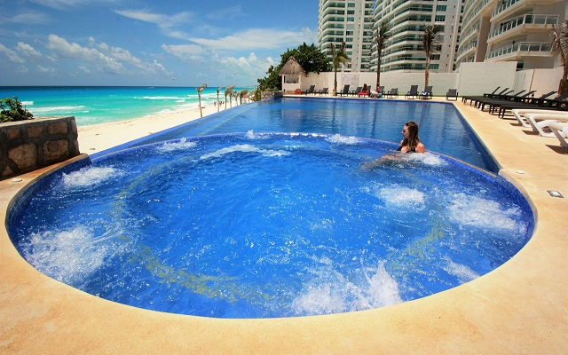 Hotel Ocean Dream BPR, relájate en el jacuzzi