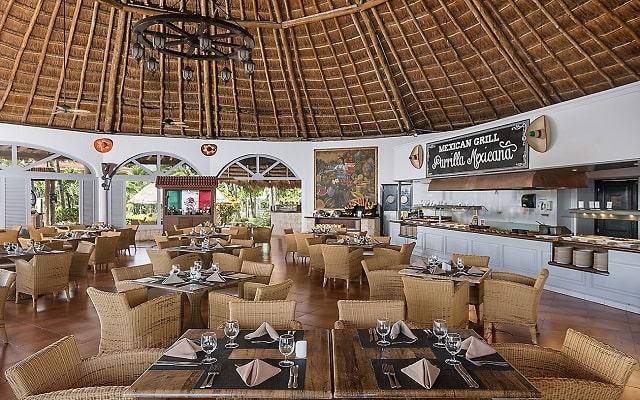 Hotel Ocean Maya Royale Sólo Adultos All Inclusive, servicio de calidad