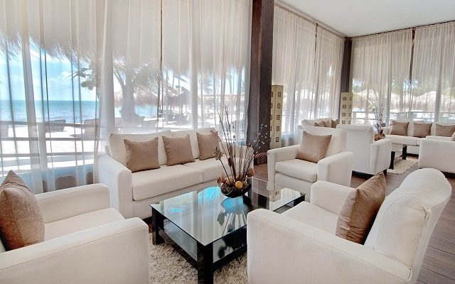 Hotel Ocean Maya Royale Sólo Adultos All Inclusive, descansa en sitios agradables