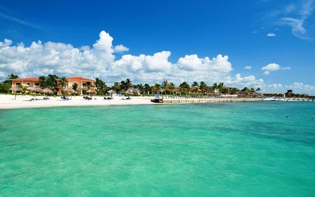 Hotel Ocean Maya Royale Sólo Adultos All Inclusive, buena ubicación
