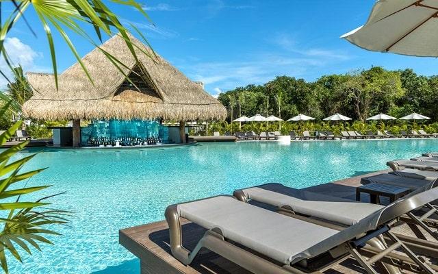 Hotel Ocean Riviera Paradise All Inclusive, disfruta de su alberca al aire libre