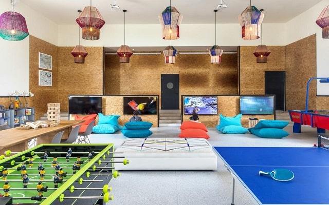 Hotel Ocean Riviera Paradise All Inclusive, club para adolescentes