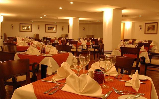 Hotel Ocean View Cancún Arenas, escenario ideal para tus alimentos