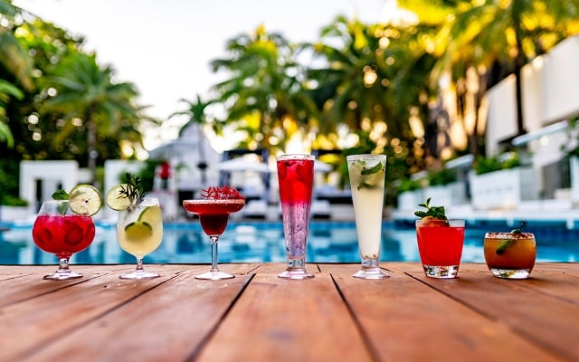 Hotel Oh! Cancun the Urban Oasis, refréscate con tu bebida favorita
