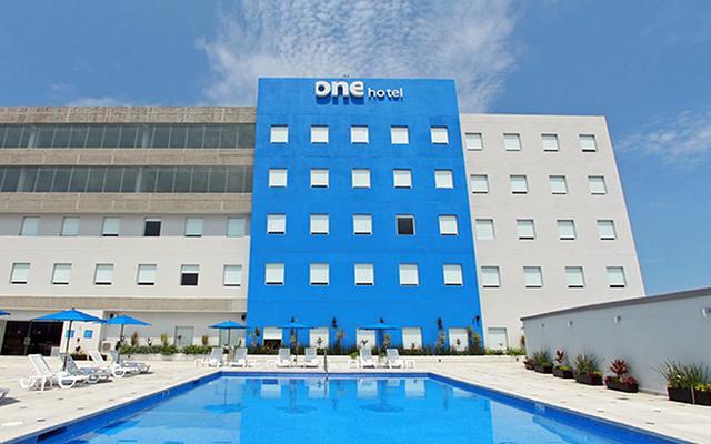 One Puerto Vallarta Aeropuerto, moderno hotel de negocios 100%  libre de humo