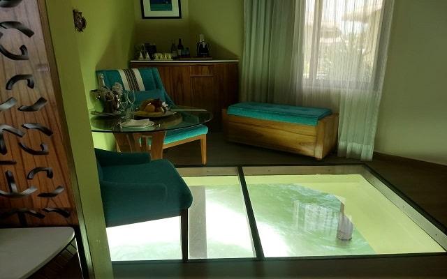 Hotel El Dorado Palafitos by Karisma, permite que te consientan