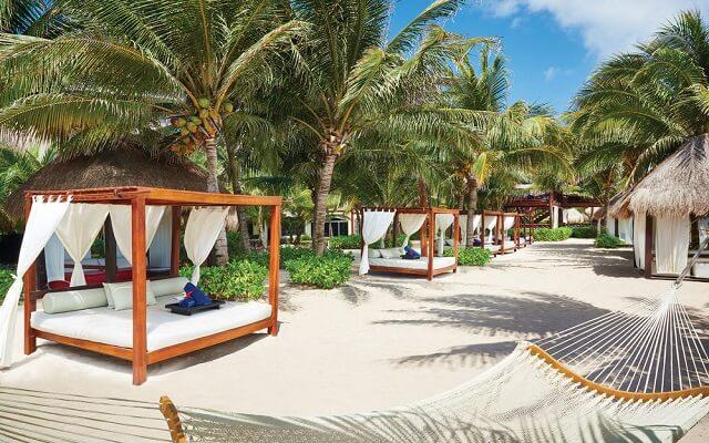 Hotel Palafitos Overwater Bungalows by Karisma, confort en el área de playa