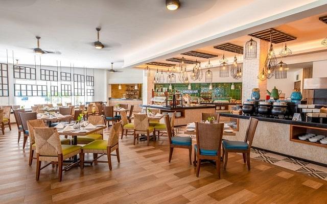 Hotel Panamá Jack Resorts Gran Caribe Cancún, buena gastronomía
