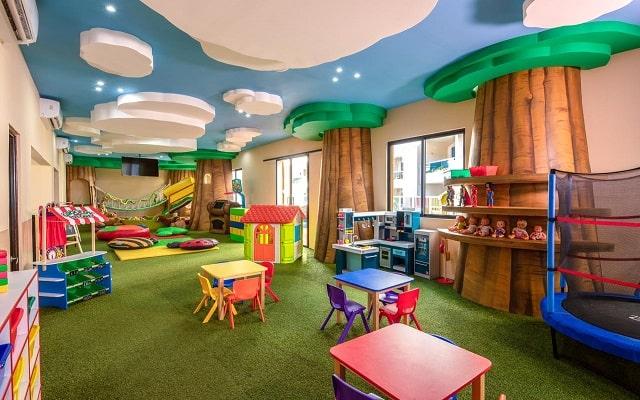 Hotel Panamá Jack Resorts Gran Caribe Cancún, club de niños