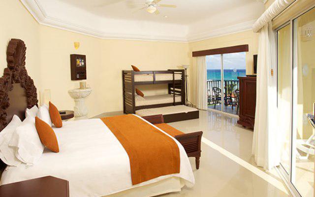 Hotel Panama Jack Resorts Gran Porto Playa del Carmen, habitaciones bien equipadas
