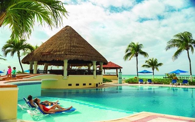 Hotel Panama Jack Resorts Gran Porto Playa del Carmen, disfruta una romántica estancia