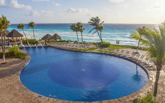 Hotel Paradisus Cancún Resort by Meliá, disfruta su alberca al aire libre
