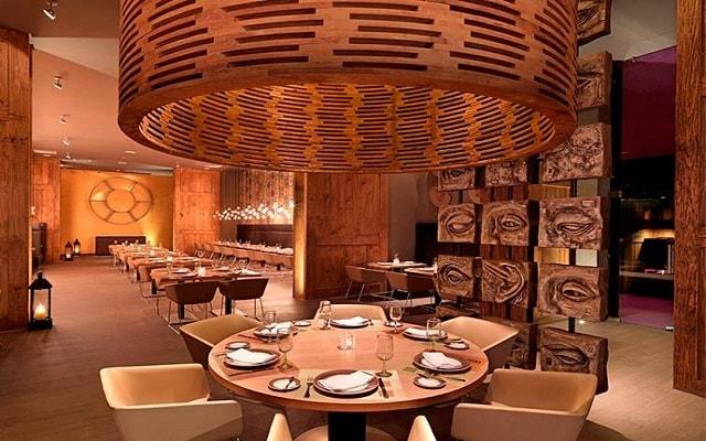 Hotel Paradisus Playa del Carmen La Esmeralda by Melia, Restaurante Mole