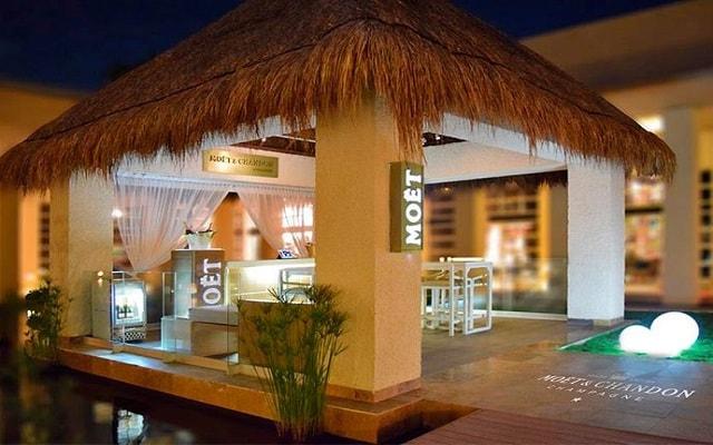 Hotel Paradisus Playa del Carmen La Esmeralda, Bar Möet & Chandon Corner