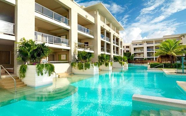 Hotel Paradisus Playa del Carmen La Perla By Meliá, algunas habitaciones tienen acceso a la alberca