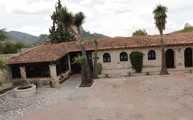 Hotel Parador Vernal en Bernal