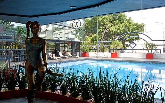 Hotel Park Nilo, disfruta de su alberca al aire libre