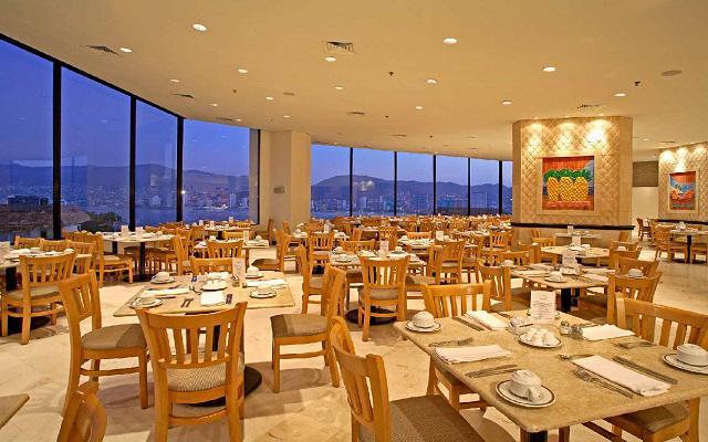 Hotel Park Royal Acapulco, Restaurante Bahía