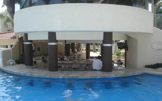 Hotel Park Royal Homestay Los Cabos, disfruta una copa en el bar