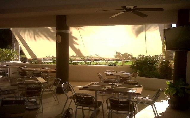 Hotel Park Royal Homestay Los Cabos, escenario ideal para tus alimentos